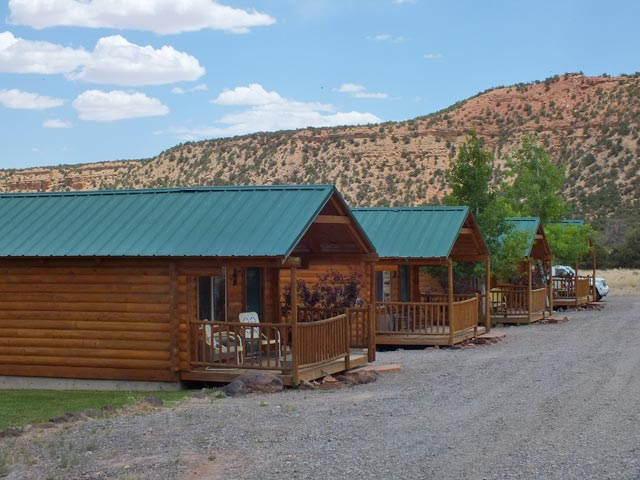 Epic journey continues capitol reef hit the trail at for Torrey utah lodging cabins