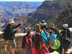 GCFI Instructor leading day trip on South Rim | Photo by Mike Buchheit