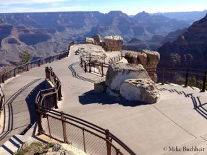 Mather Point empty during government shutdown | Photo by Mike Buchheit